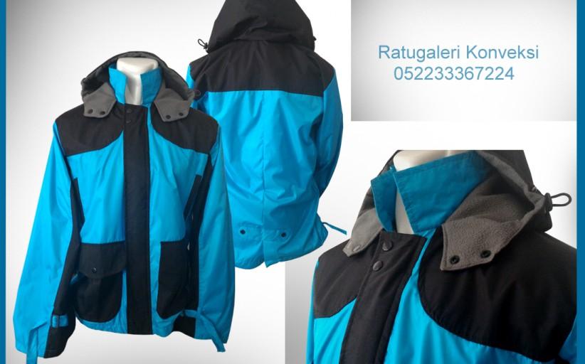 Hasil Produksi dan Desain Jaket Taslan Bubble, Biru Hitam.